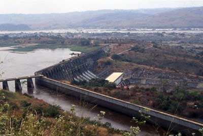 The Inga III dam would be the first in a series of hydroelectric installations along the Congo River, collectively referred to as the Grand Inga project. Credit: alaindg/GNU license