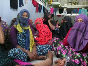 A group of Somali women, among those rescued by the Italian Navy vessel Virginio Fasan, between 13 and 14 August 2014. Credit: Amnesty International