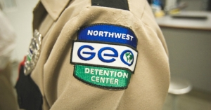 A guard at the Northwest Detention Center, which is operated by private prison corporation GEO Group, on contract from Immigration and Customs Enforcement. (Photo: Alex Stonehill)