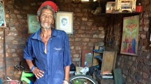 Andries Evans said that coal dust and particles pervade his life [Victoria Schneider/Al Jazeera]
