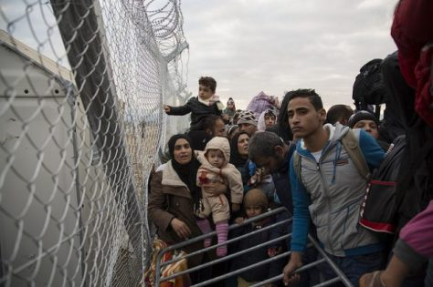Refugees-at-the-Greek_-629x419